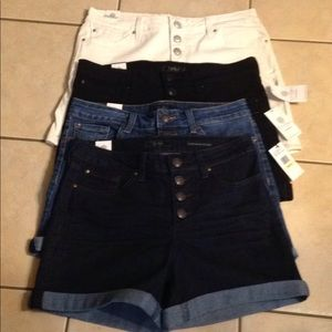 Shorts button-up